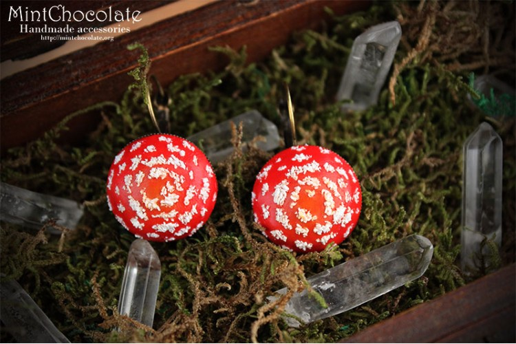 Poisonous mushroom earrings