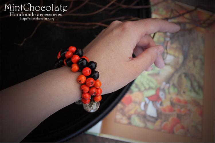 Rowanberry & blaccurant bracelet