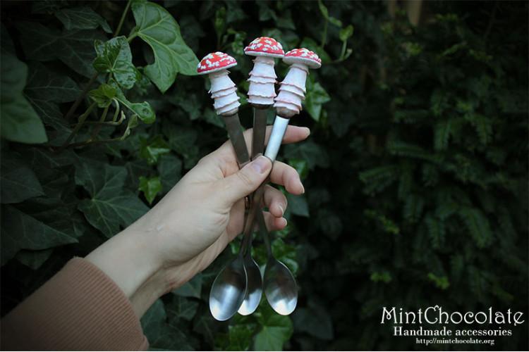 Amanita latte spoon