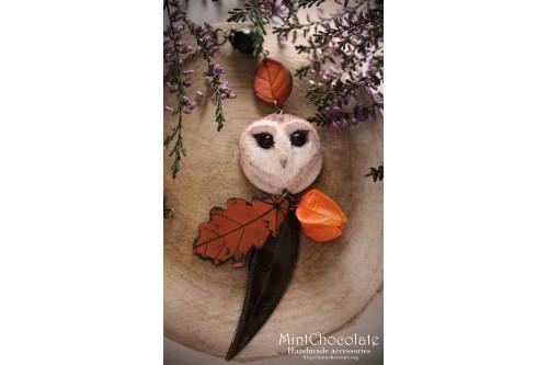 Barn owl  autumn pendant
