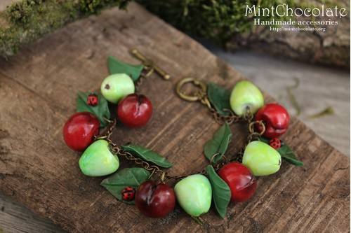 Apples&cherries bracelet