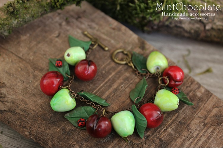 Apples&cherries bracelet