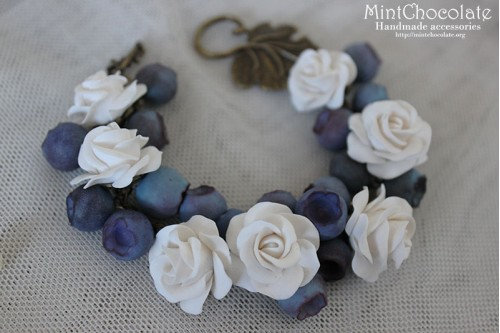 White garden bracelet