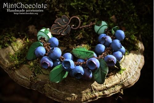Wild blueberry bracelet