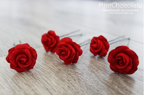 Red roses hairpins