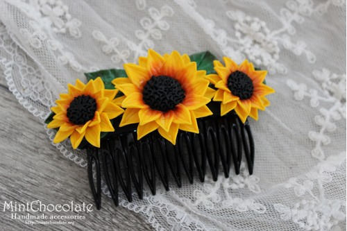 Sunflowers hair comb