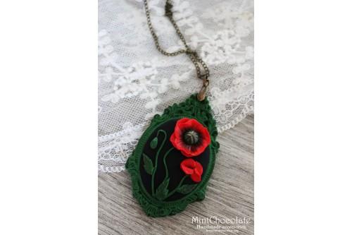 Poppy frame pendant