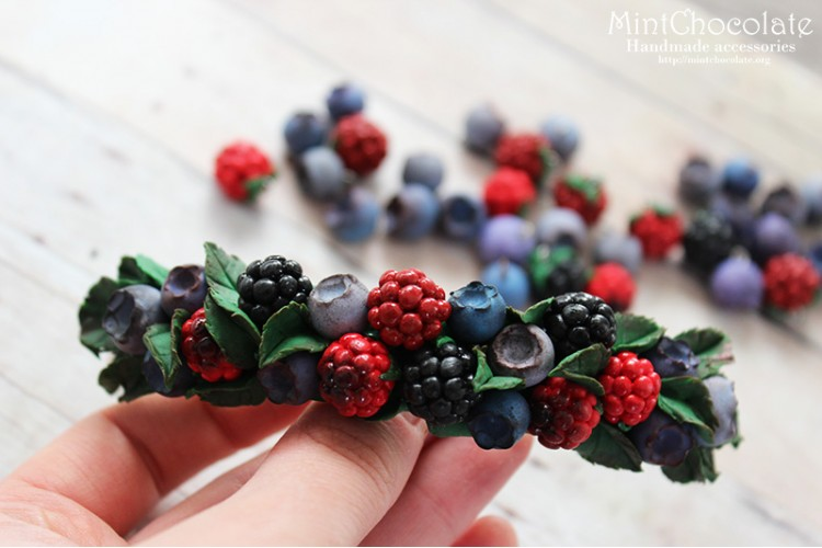 Berry Mix hairclip