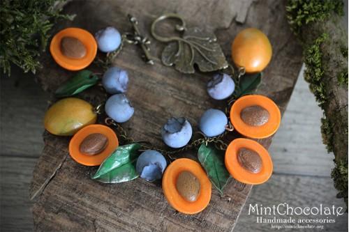 Apricot bracelet