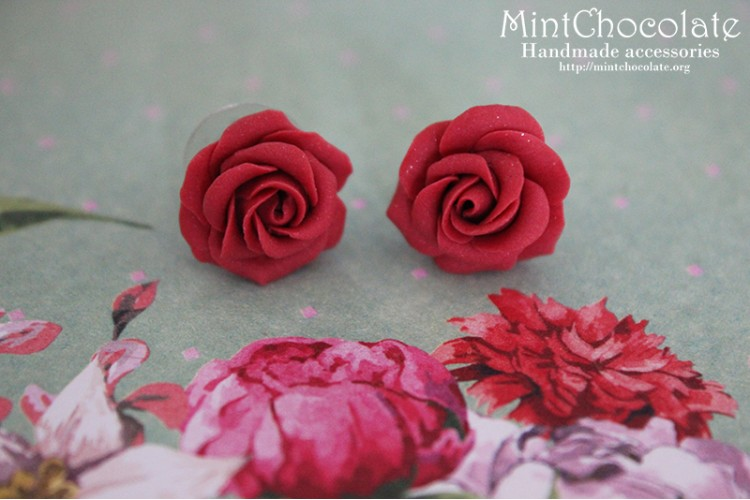 Burgundy roses earrings