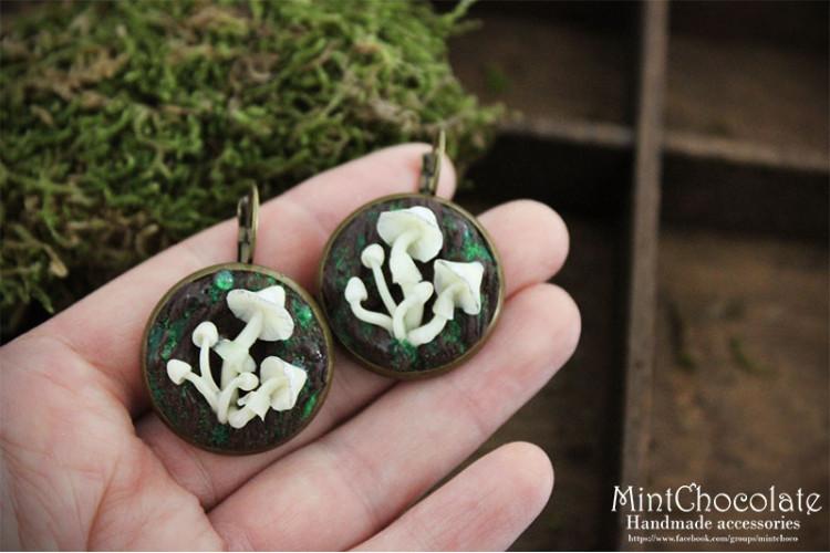 Glowing mushroom earrings