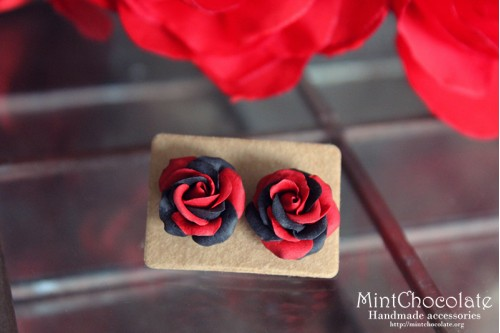 Black&red roses earrings